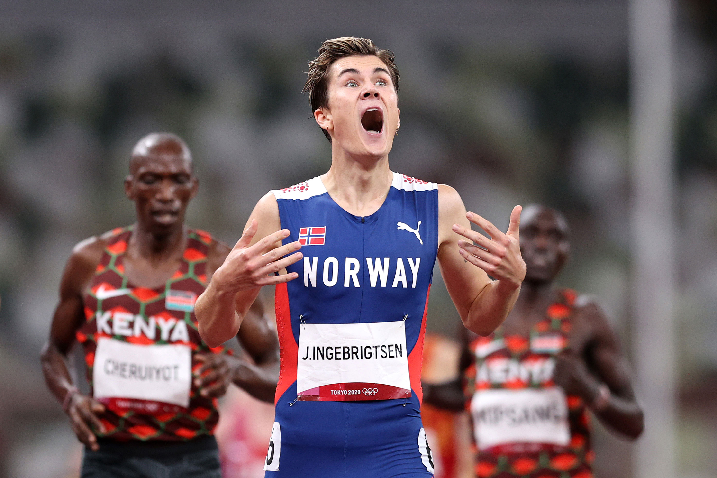 Jakob Ingebrigtsen of Norway reacts after winning gold in the 1500 meter final on Saturday.