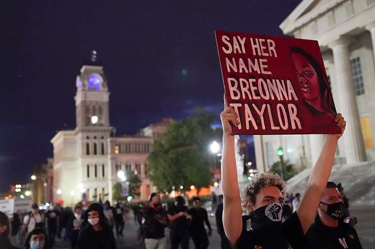 Protesters march through Louisville, Kentucky, on Thursday, September 24.