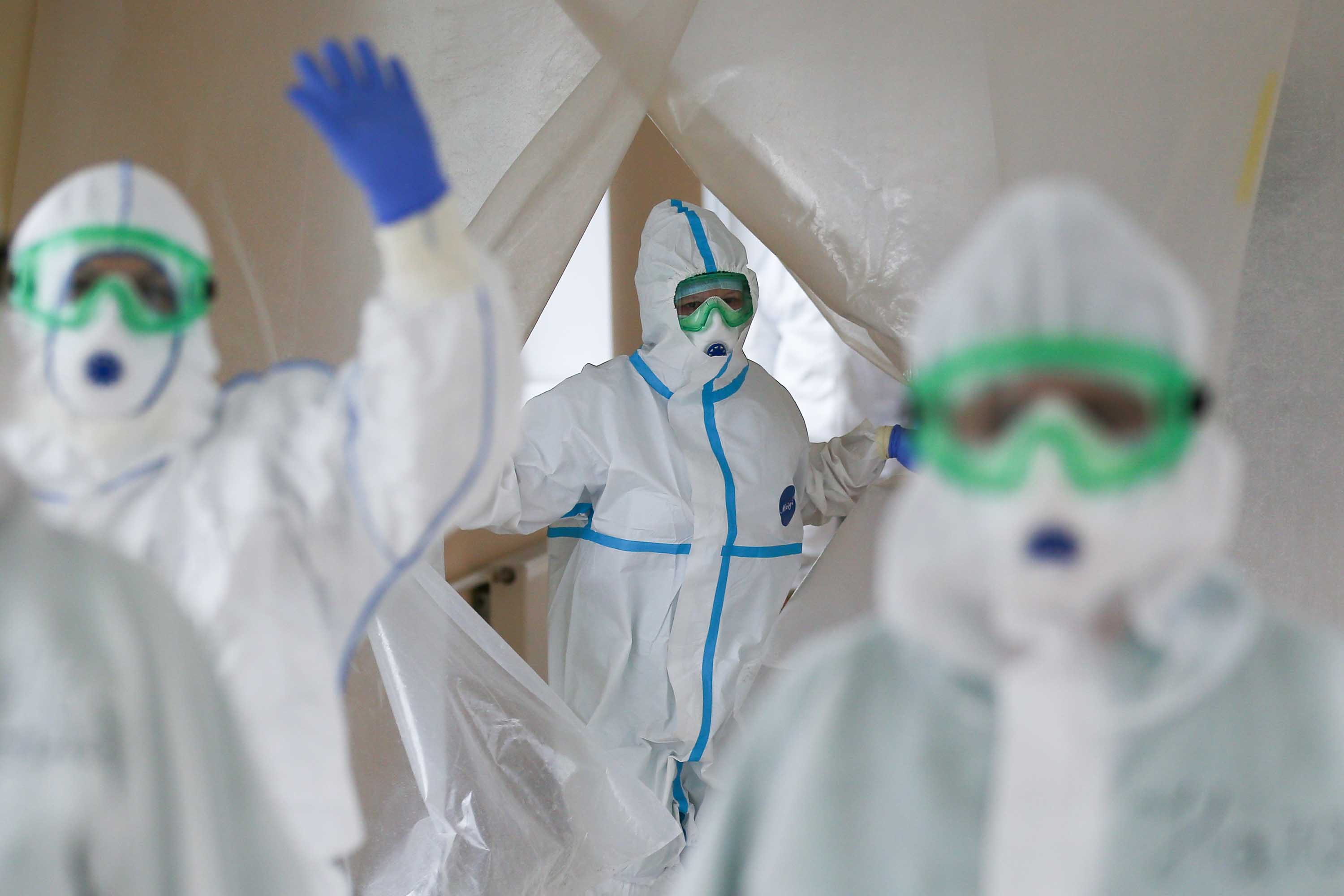 Medical workers are seen at a hospital that treats Covid-19 patients in Khimki, Russia, on May 12.