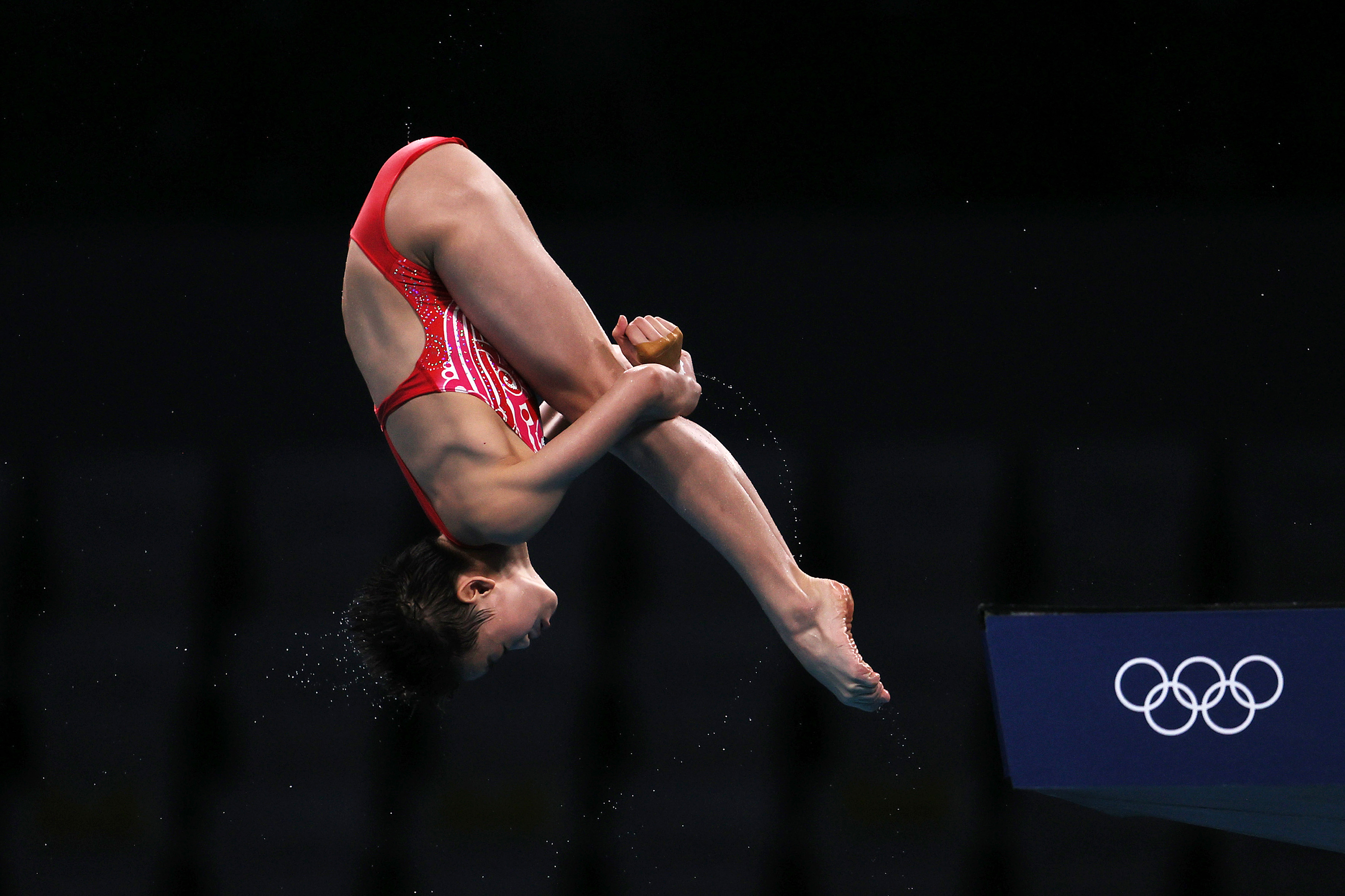 China's Quan Hongchan competes in the women's 10 meter platform final on August 5.