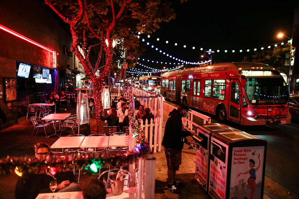 The outdoor patio at Roccos WeHo on Santa Monica Blvd., remains open on November 25 a few hours before a Covid-19 curfew closes LA County restaurants.