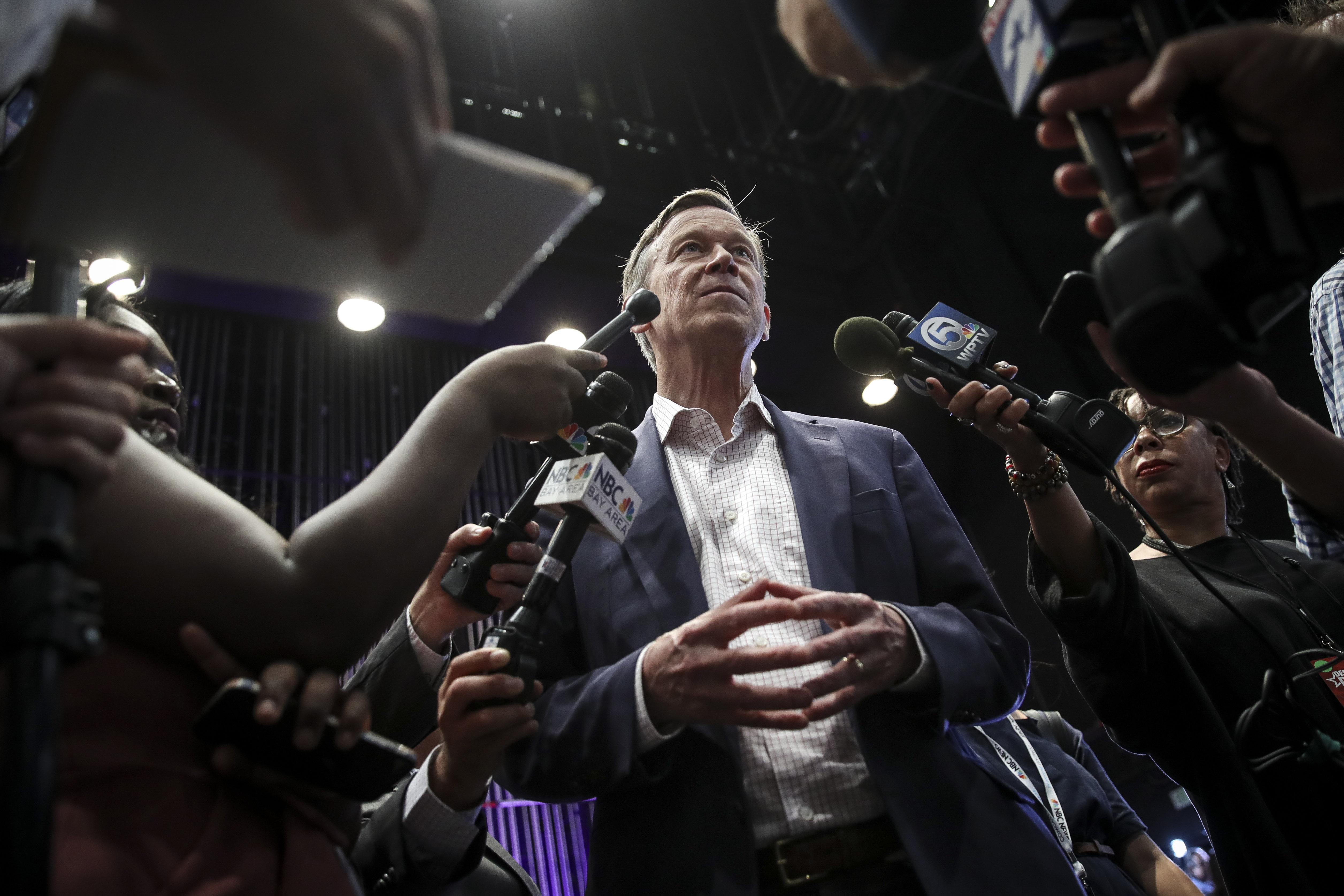 Live updates: Democratic candidates debate in Miami - CNNPolitics