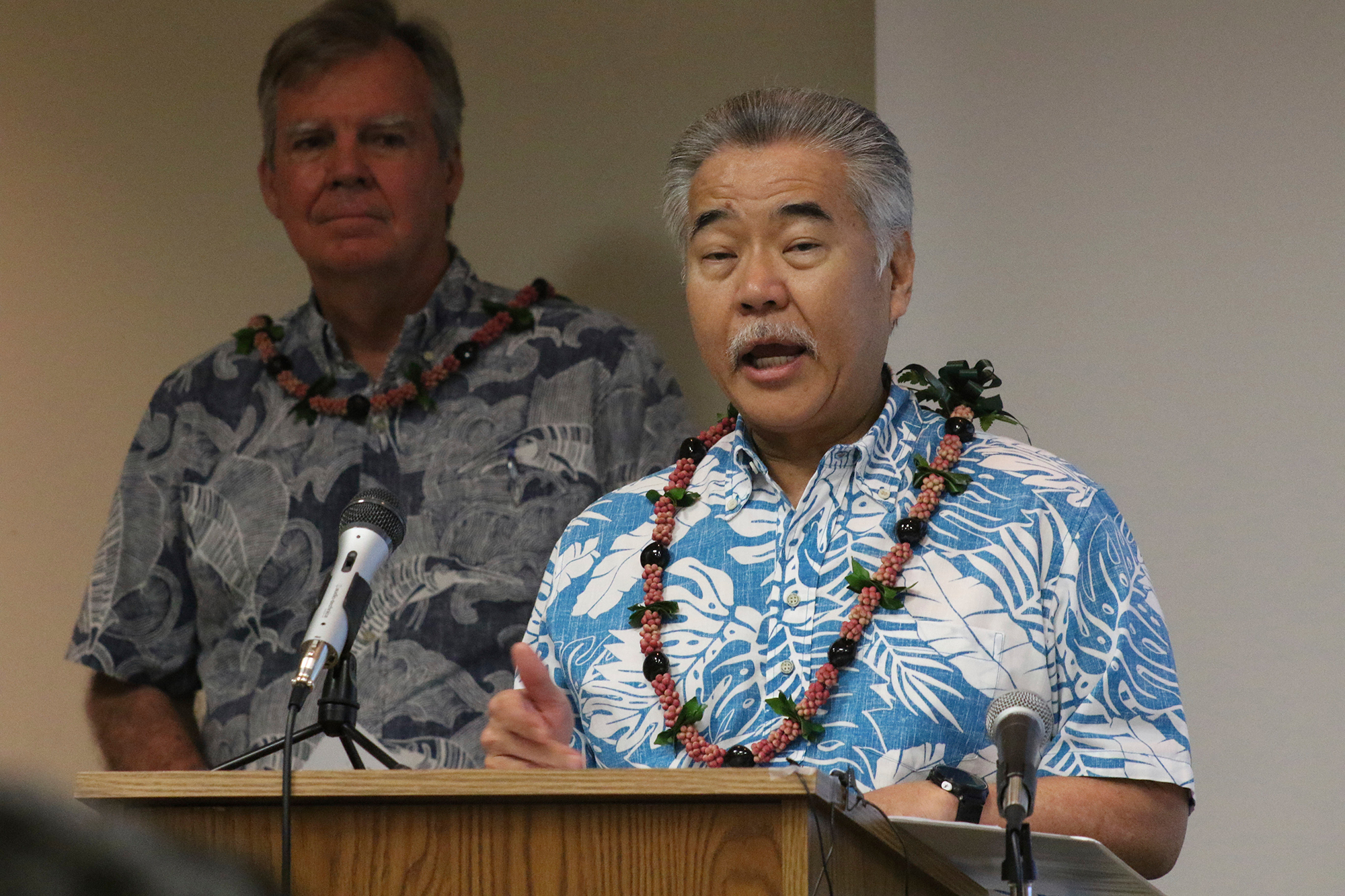 Gov. David Ige speaks to reporters at the state Department of Health's laboratory in Pearl City, Hawaii on March 3.