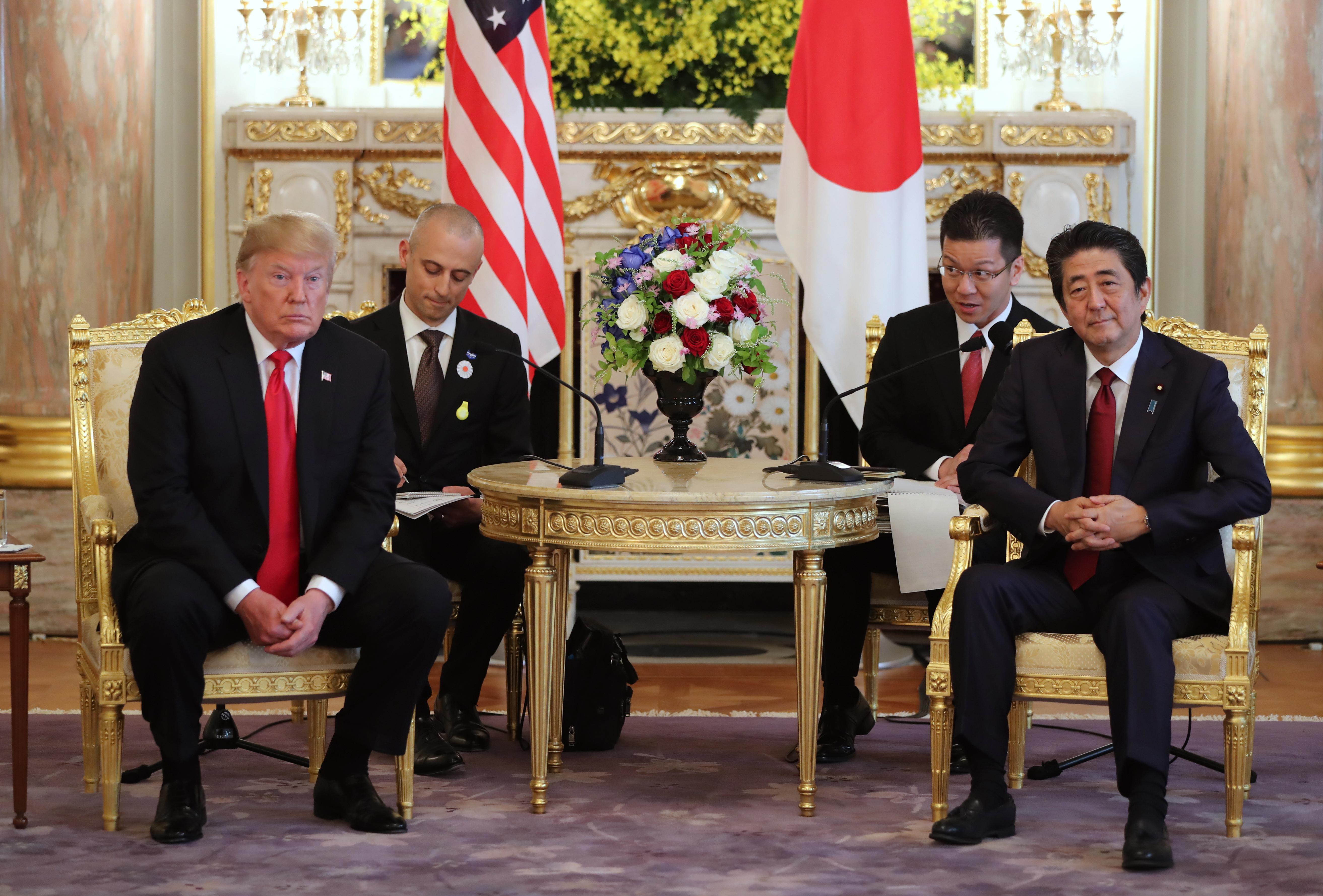 US President Donald Trump, left, and Japanese Prime Minister Shinzo Abe at Akasaka Palace on May 27, 2019 in Tokyo, Japan.