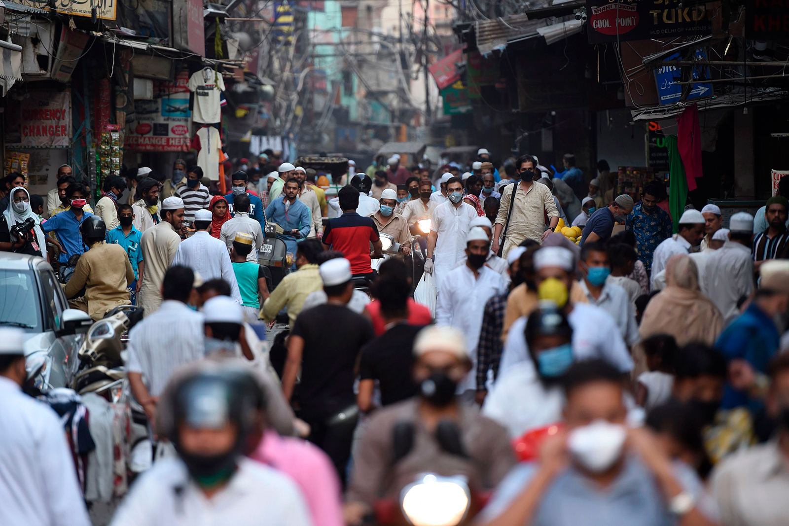 People gather at a market in the old quarters of New Delhi on May 22.