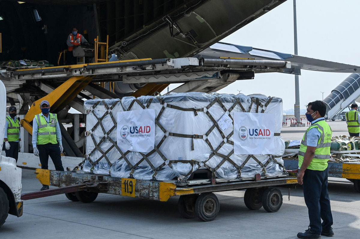 Ground staff unload Covid-19 relief supplies from the US at the Indira Gandhi International Airport cargo terminal in New Delhi, India on April 30.