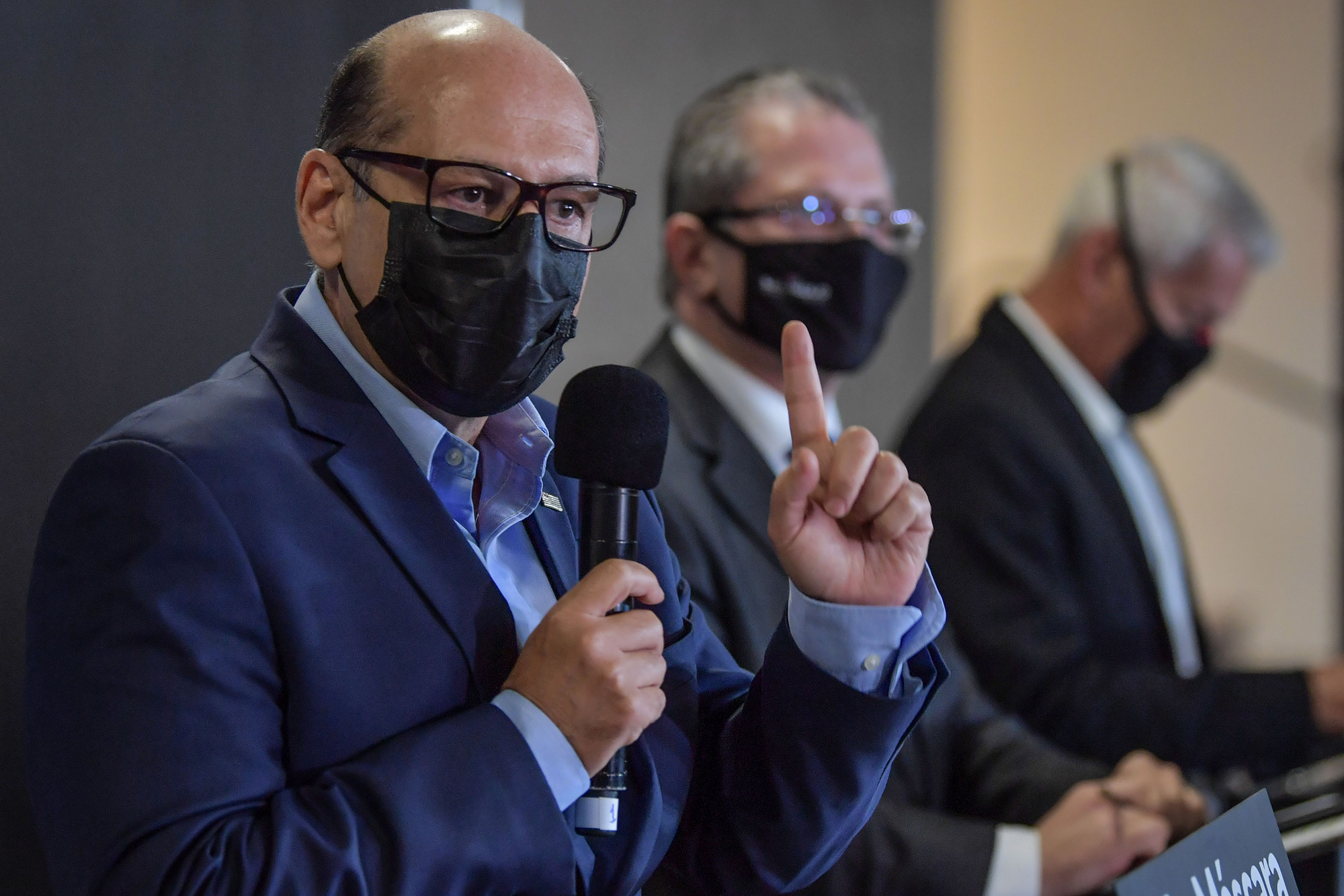 The Director of the Butantan Institute Dimas Covas speaks during a press conference at Butantan's headquarters in Sao Paulo, Brazil, on November 10.