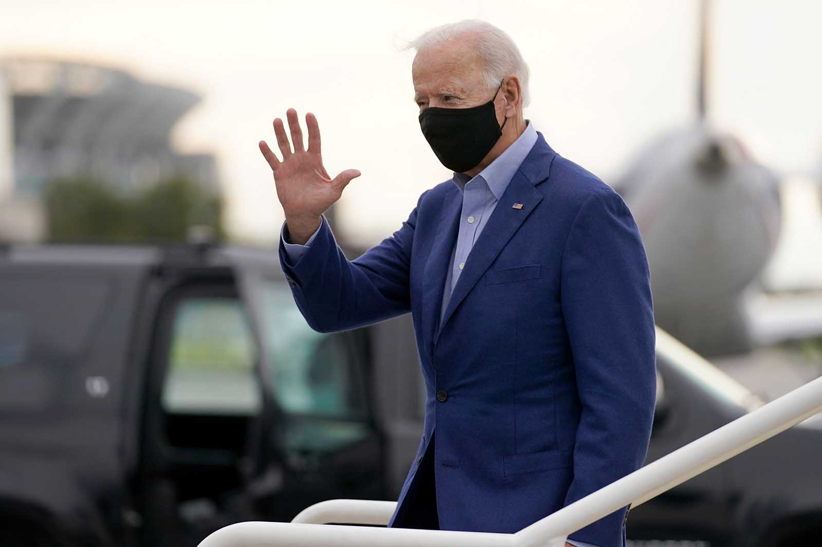 Democratic presidential nominee Joe Biden arrives at Cleveland Airport in Cleveland, on Tuesday, September 29.