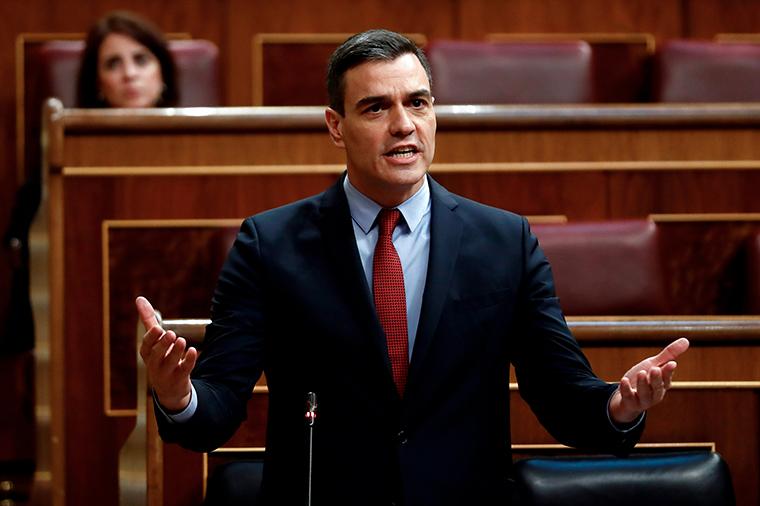 Spanish Prime Minister Pedro Sanchez delivers a speech on April 22.