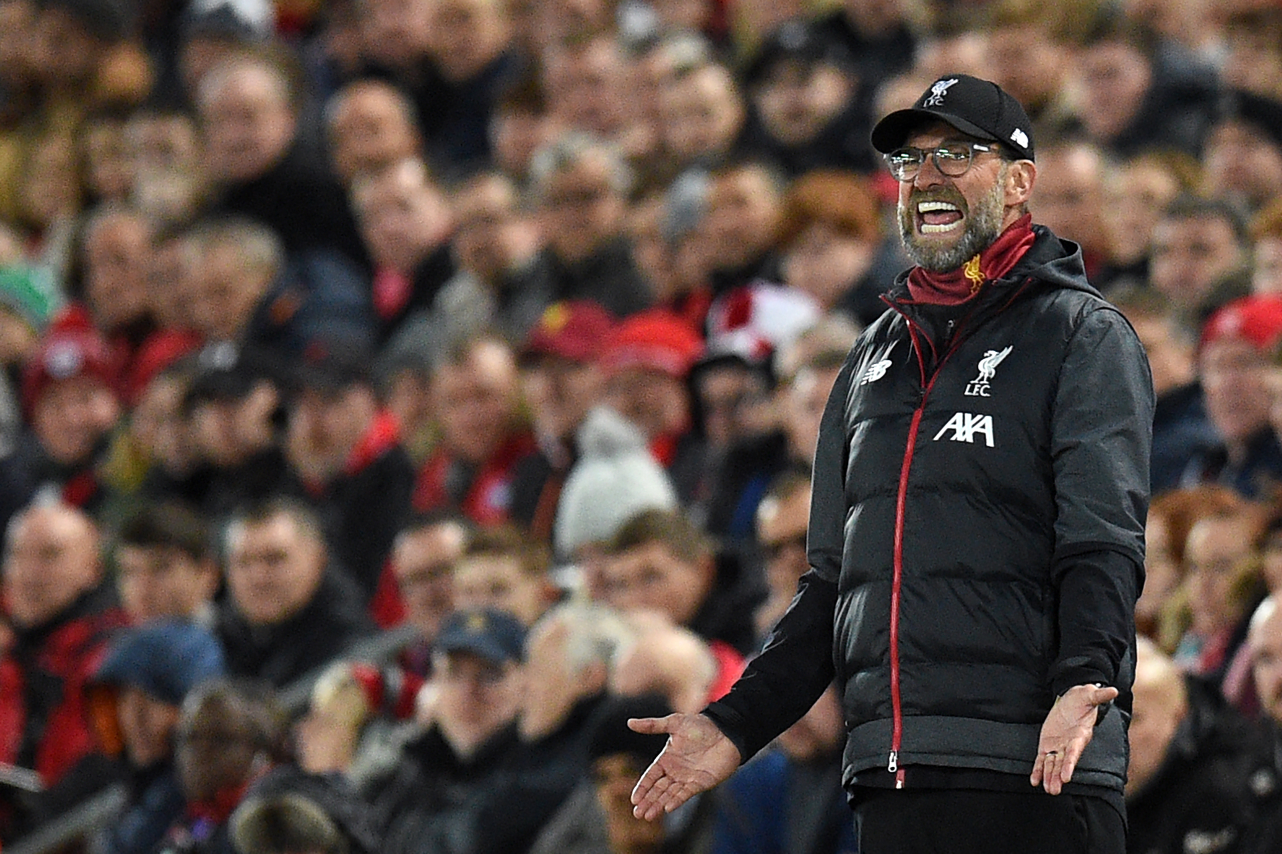 Jurgen Klopp cut a frustrated figure on the touchline