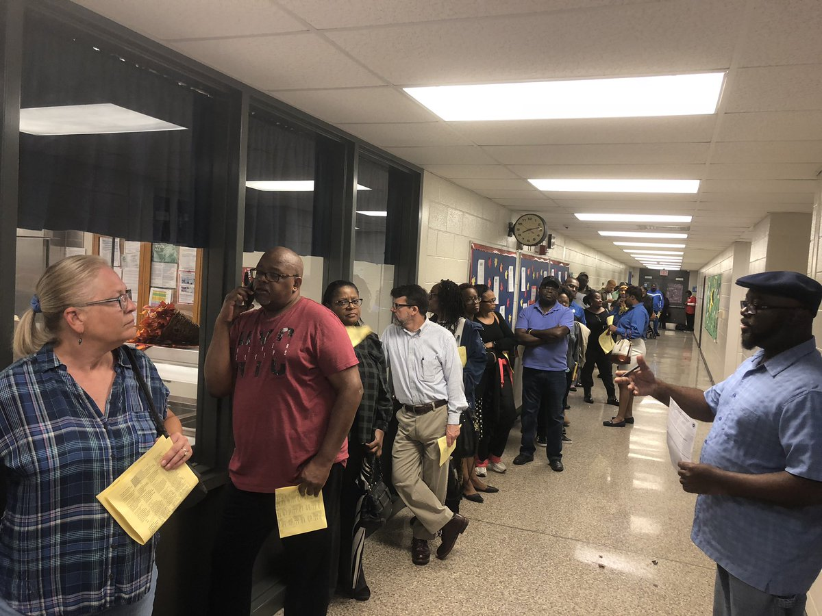 Voters wait amid delays at Annistown Elementary in Gwinnett County, Georgia.