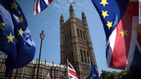 Brexit latest: Live updates as deal hangs in the balance - CNN