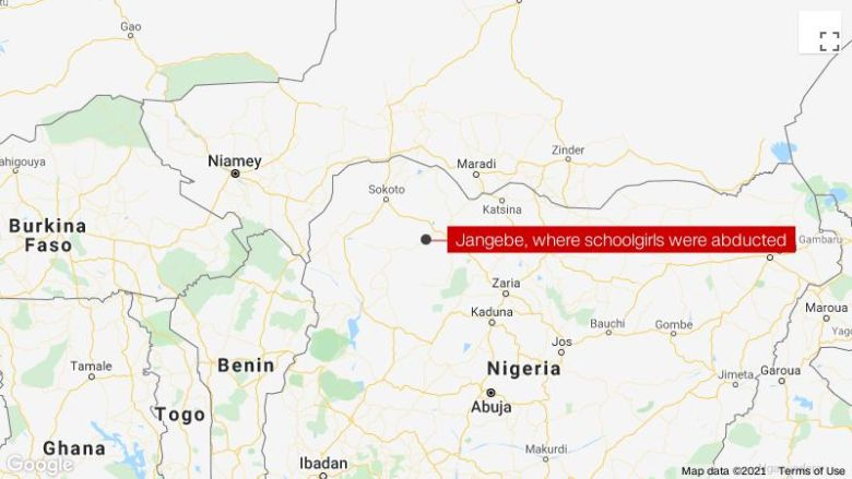 ナイジェリアで誘拐された何百人もの女子学生, 政府関係者は言う