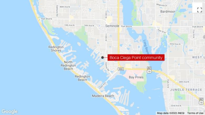Several homes damaged in possible tornado in Seminole, 플로리다