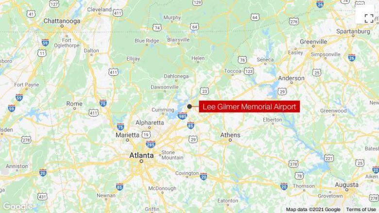 ジョージアの飛行機墜落事故で3人が死亡
