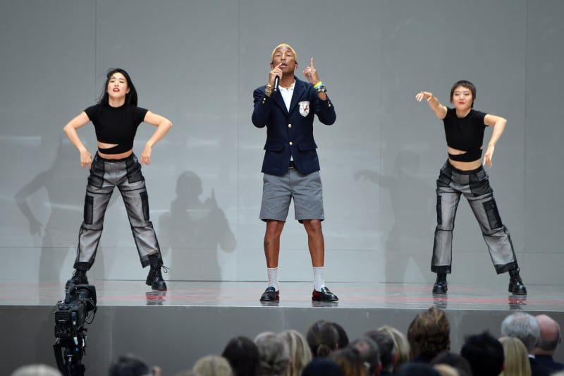 Guests were treated to a live perfromance by Pharrell Williams.