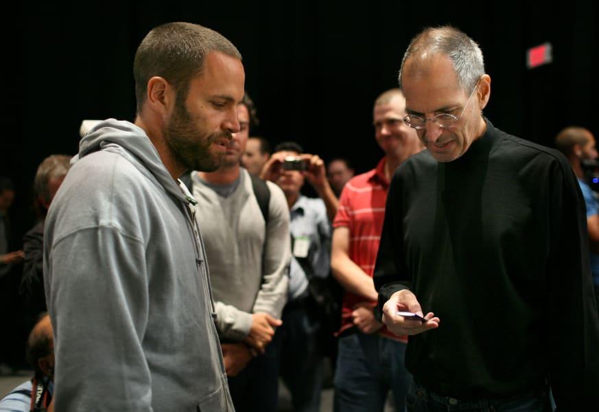Steve Jobs offstage Jack Johnson
