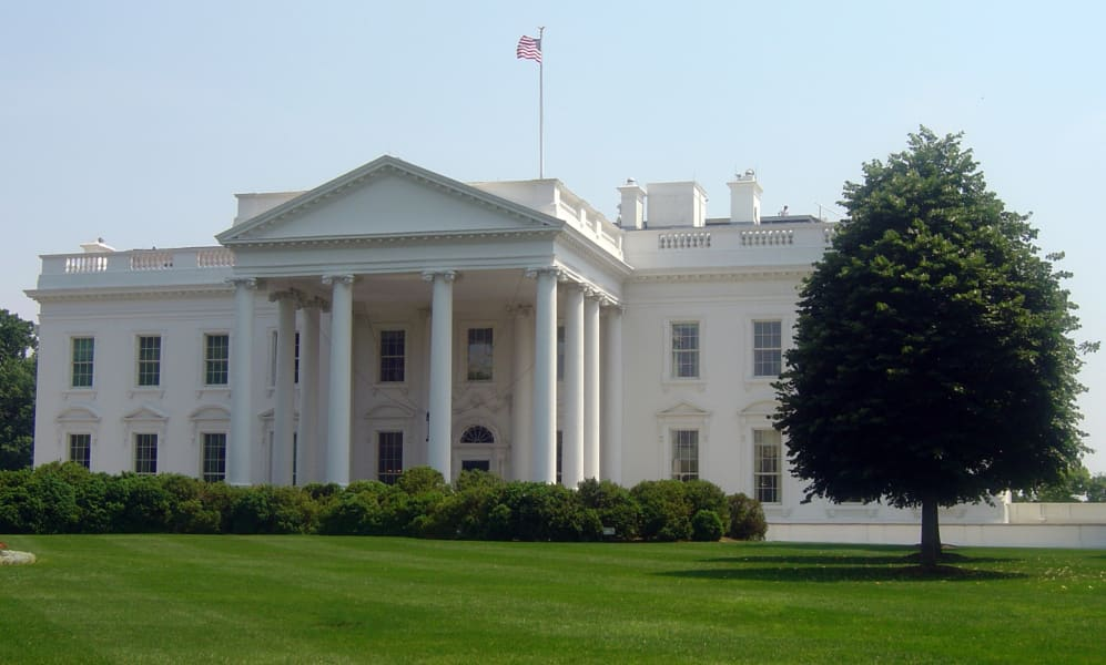 white house exterior spring