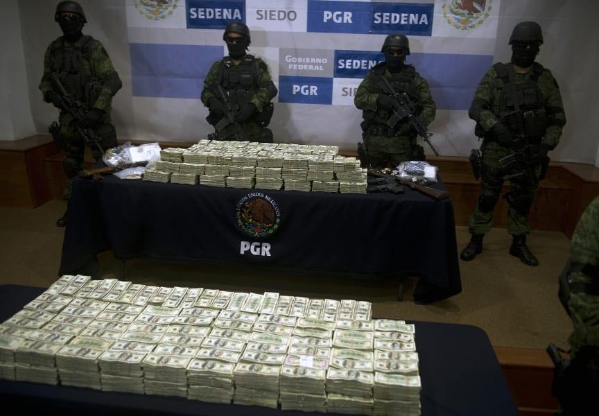 mexico drug war 05 cash