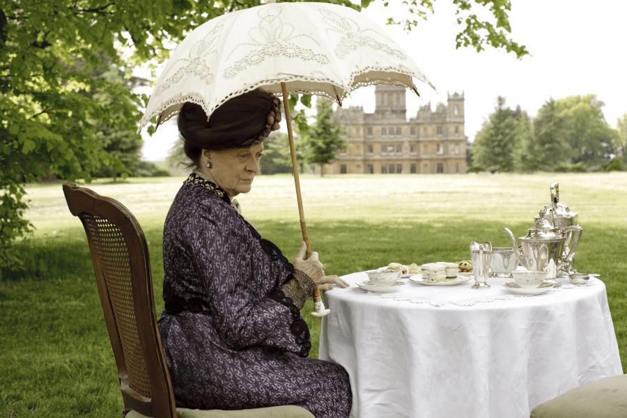 downton abbey outdoor tea