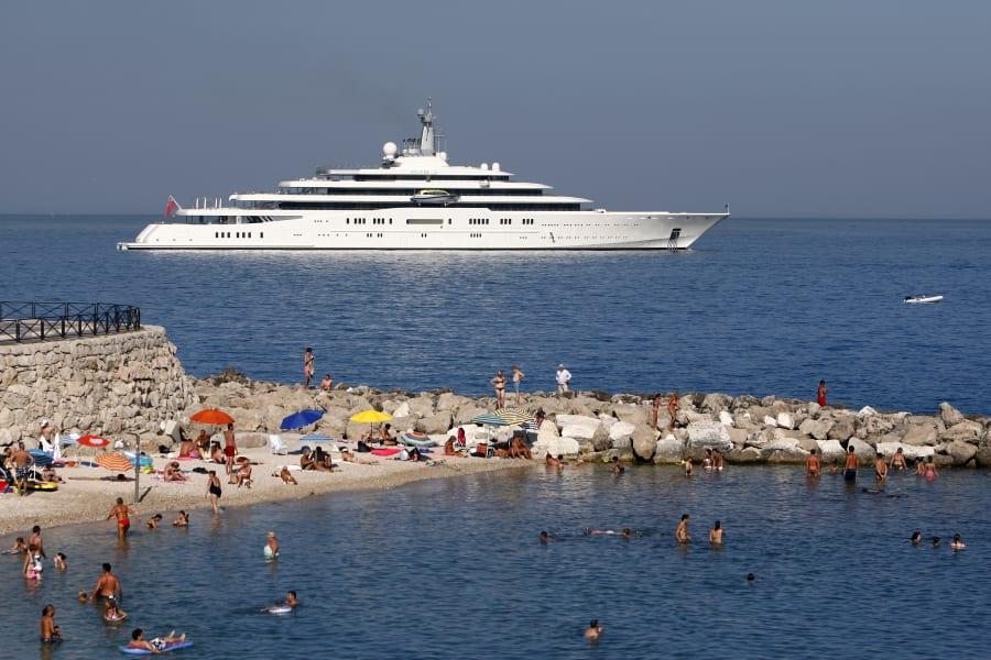 worlds super yacht eclipse