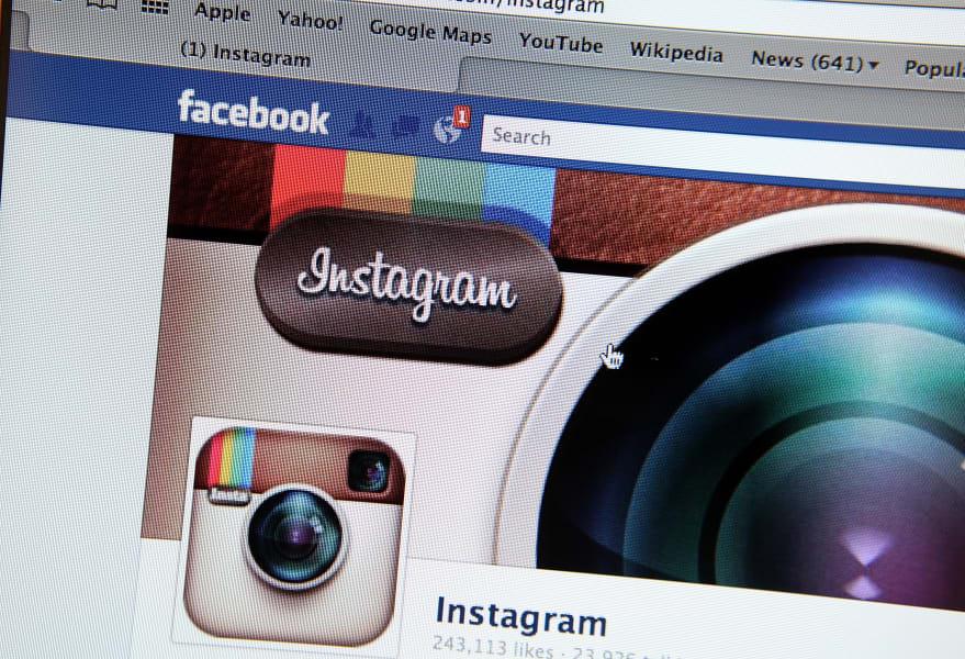Mayer Facebook Instagram