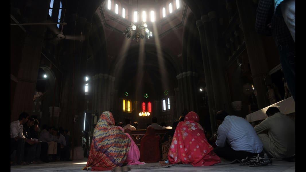 15 malala mourning