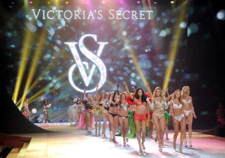vs fashion show 2012 intro