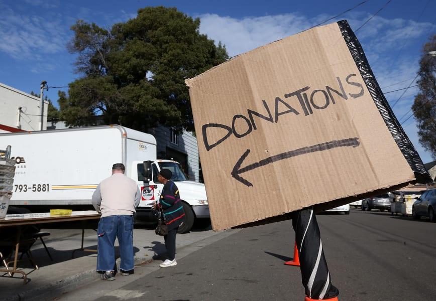 thanksgiving tips donation