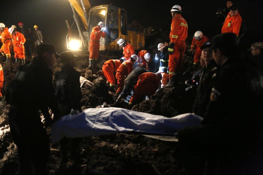 04 china landslide 0112