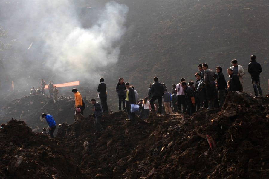 07 china landslide 0112
