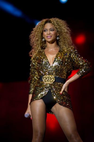 perform Beyonce