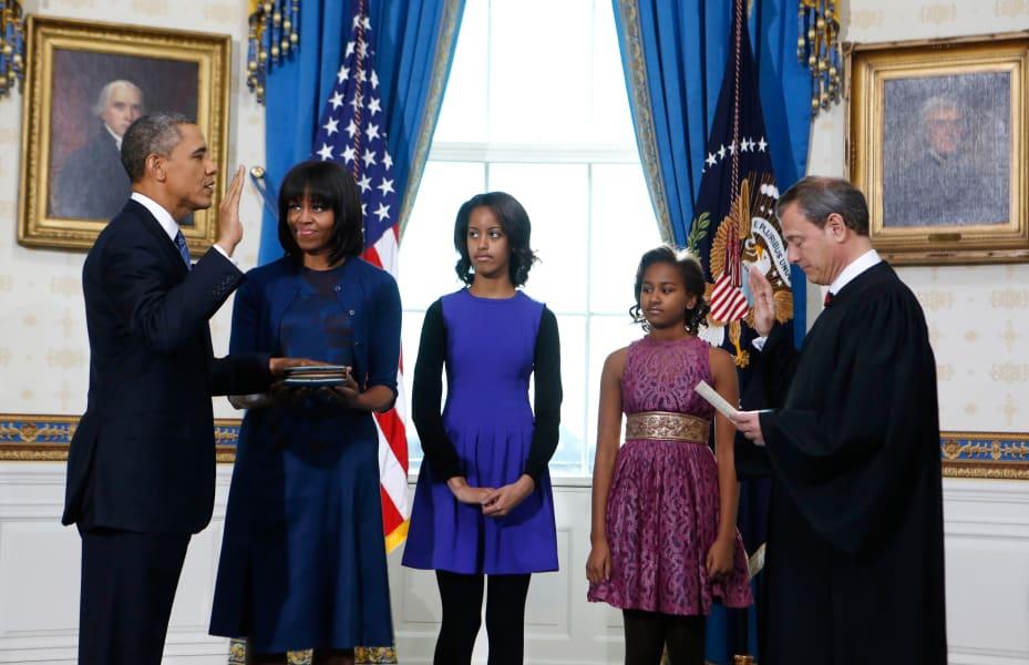 15 obama daughters 0121