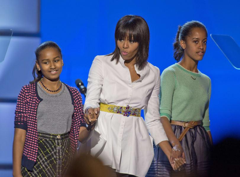 16 obama daughters 0121
