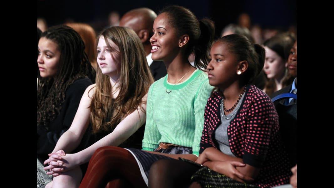 17 obama daughters 0121