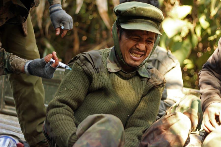 myanmar kachin fighter