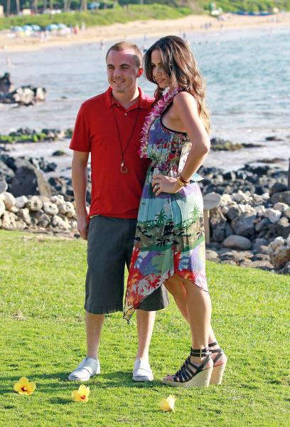 ENTt1 Frankie Muniz and his fiance Elycia Turnbow 012513