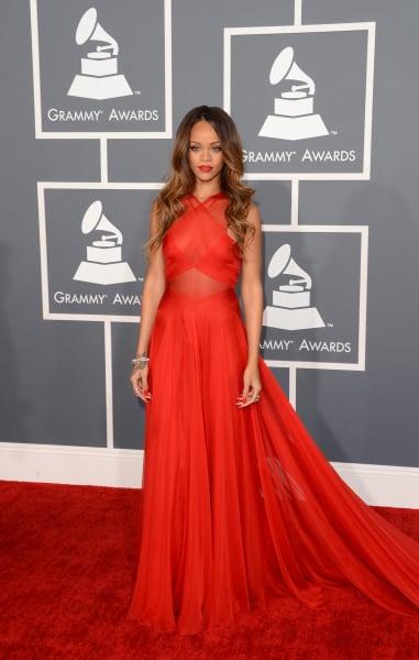 grammy 2013 Rihanna