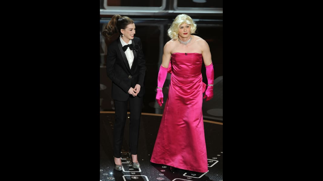 oscar hosts Anne Hathaway and James Franco