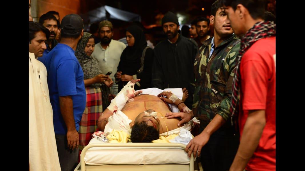 04 karachi blast 0303