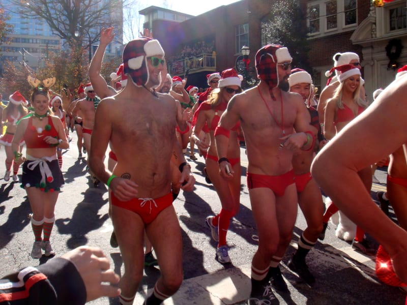 crazy races santa speedo run