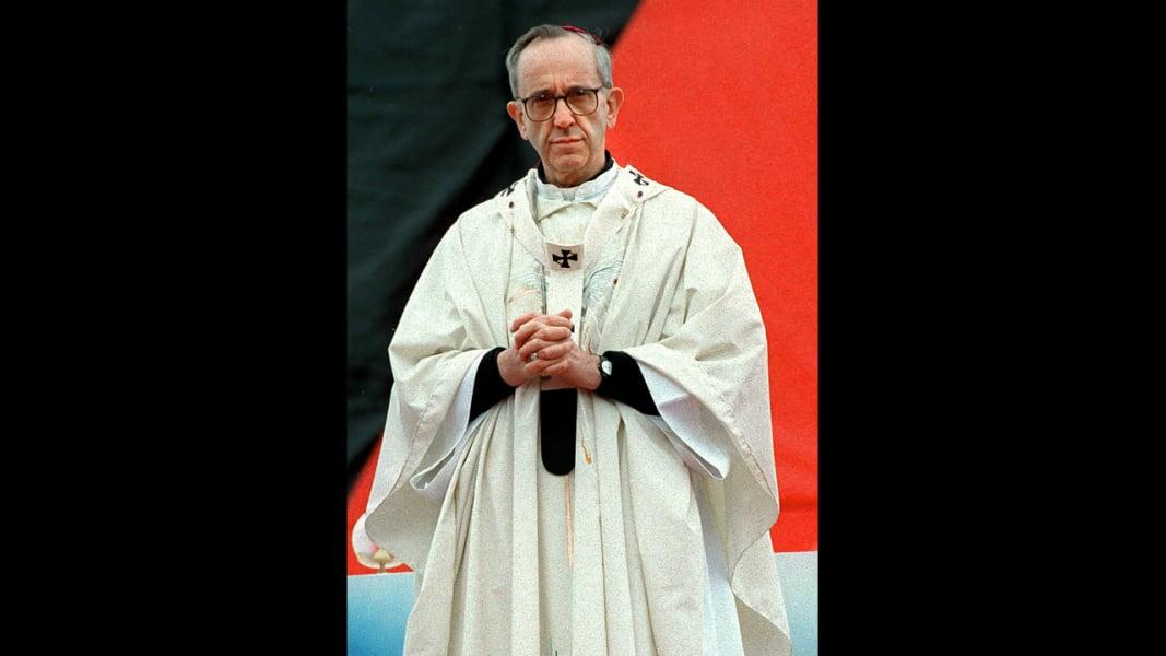 06 Bergoglio pope 0313