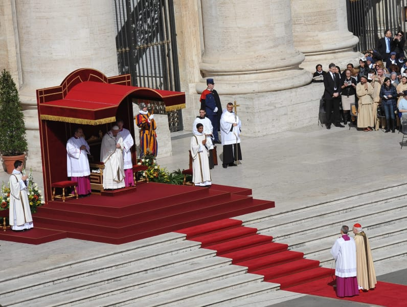 04 pope inauguration