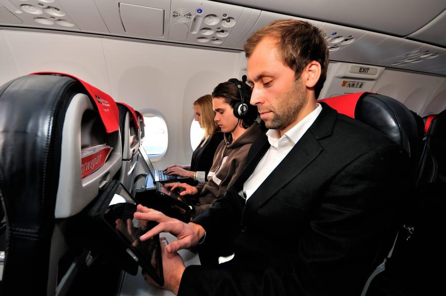 Business traveller IFE Norwegian