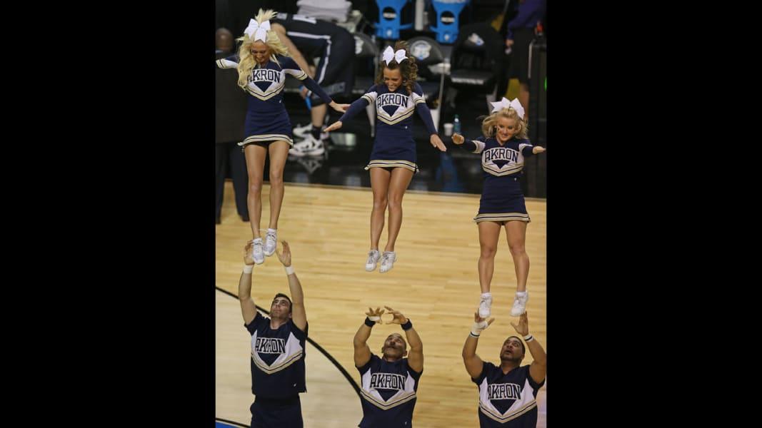 06 cheerleaders