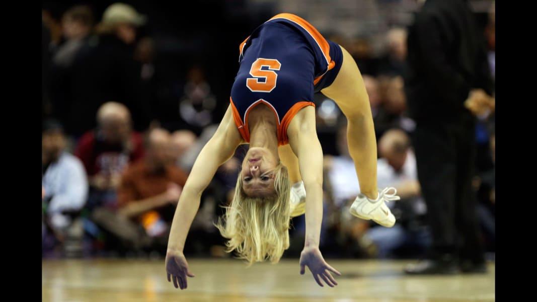 09 cheerleaders