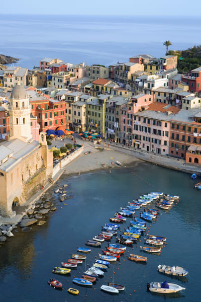 colorful cities vernazza italy