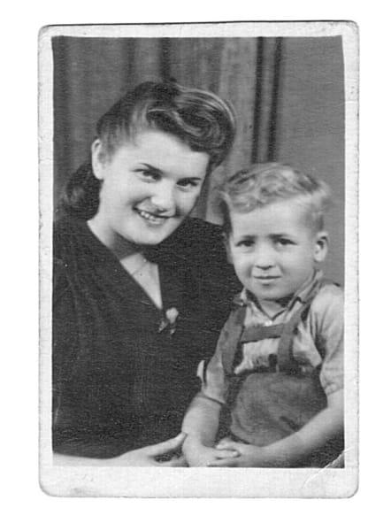gallery only Menachem Bodner and mother