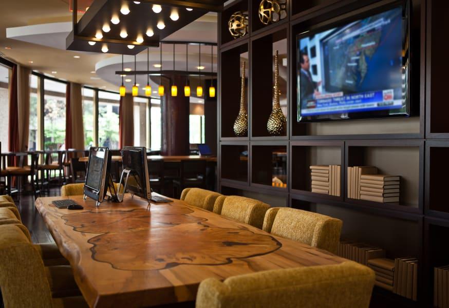 Business Traveller Hotel Workspace Marriott communal table