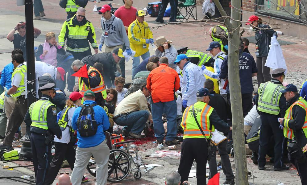 boston marathon explosion 04